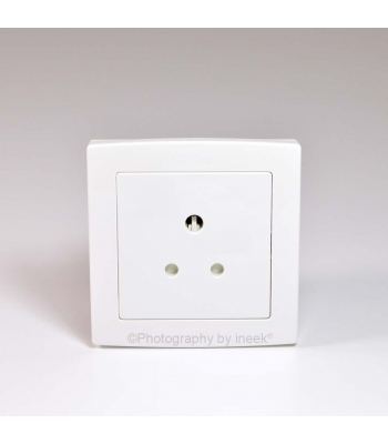 BS ROUND PIN SOCKET OUTLET, 5A, ABB